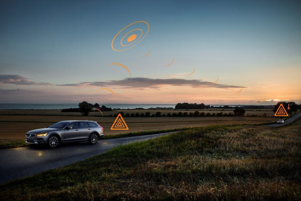 Driverless cars and machine learning - How Volvo connects the dots