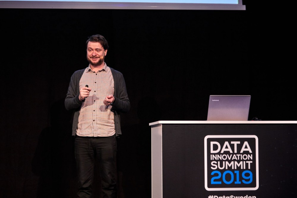 Ewan Nicolson presenting at Data Innovation Summit 2019