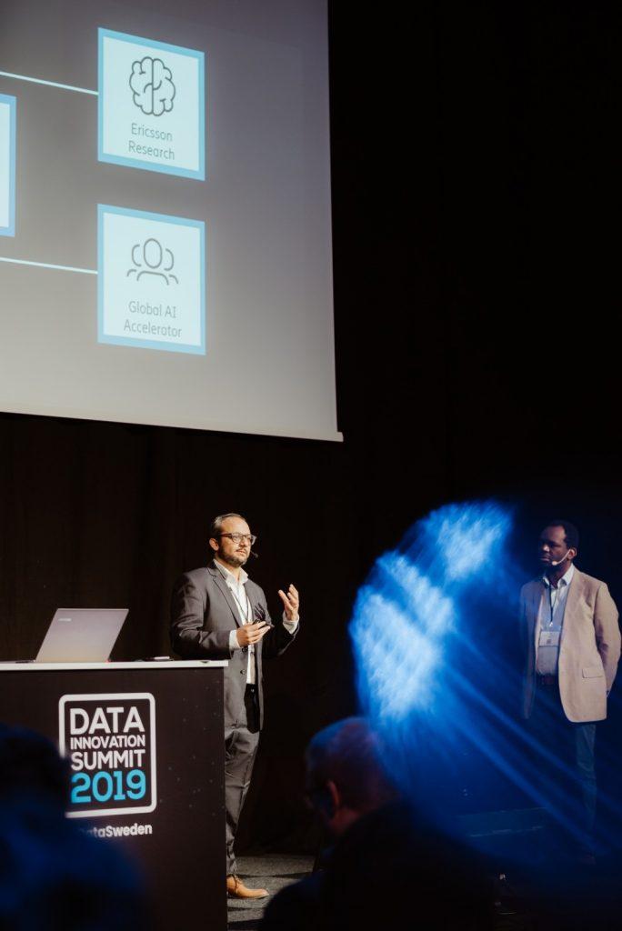 Gaurav Dixit presenting at Data Innovation Summit 2019
