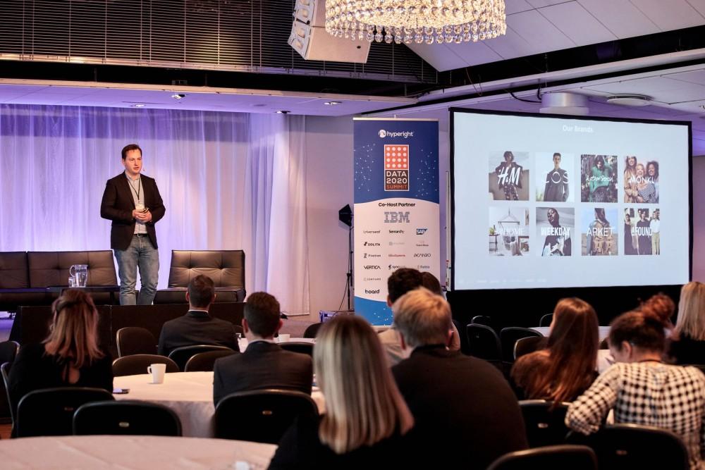 Alex Astrogold presenting at Data 2020 Summit