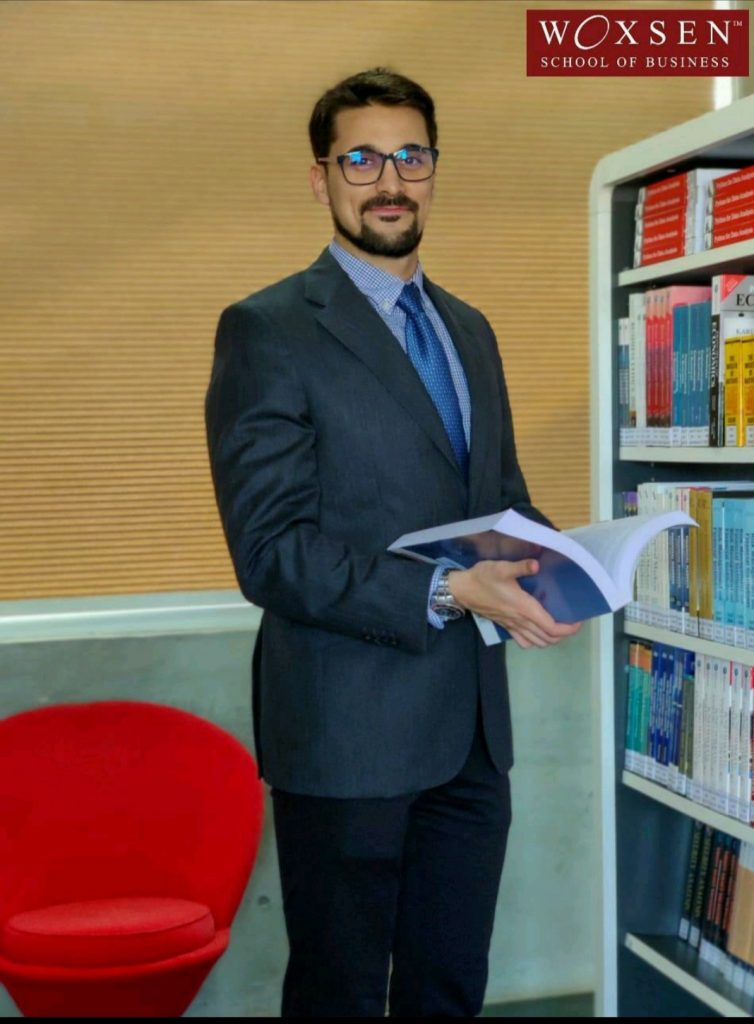 Dr. Raul V. Rodriguez, Professor at Woxsen University