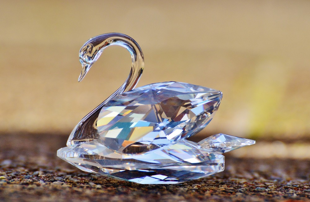 "How to build people analytics with a ""crystal clear"" business impact: Swarovski"