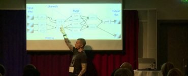 Apache Spark in Theory and in Practice - Robert Luciani